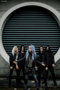 Band Photo   Arch Enemy 1 (JPG)