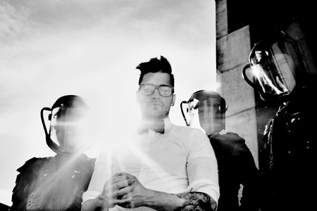 Starset Steve Gullick Photo 19 (JPG)